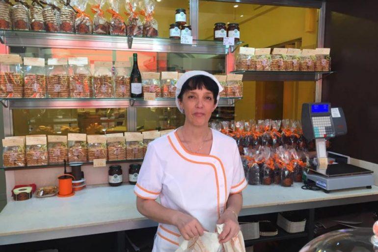 Torriglia: la pasticceria artigianale La Nuova Torrigiana, con i famosi canestrelli