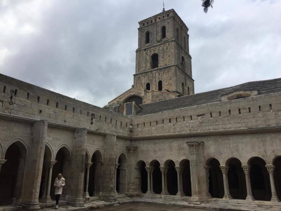 Chiostro della chiesa di San Trophime, Arles
