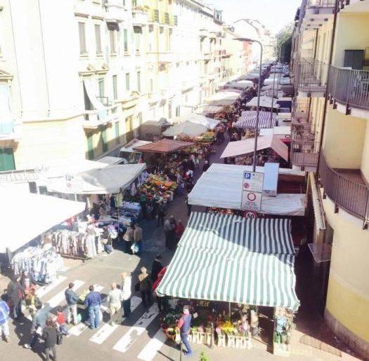 Il mercatino settimanale