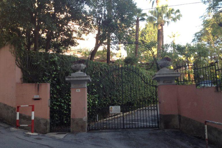 Sanremo, cancello di Villa Meridiana