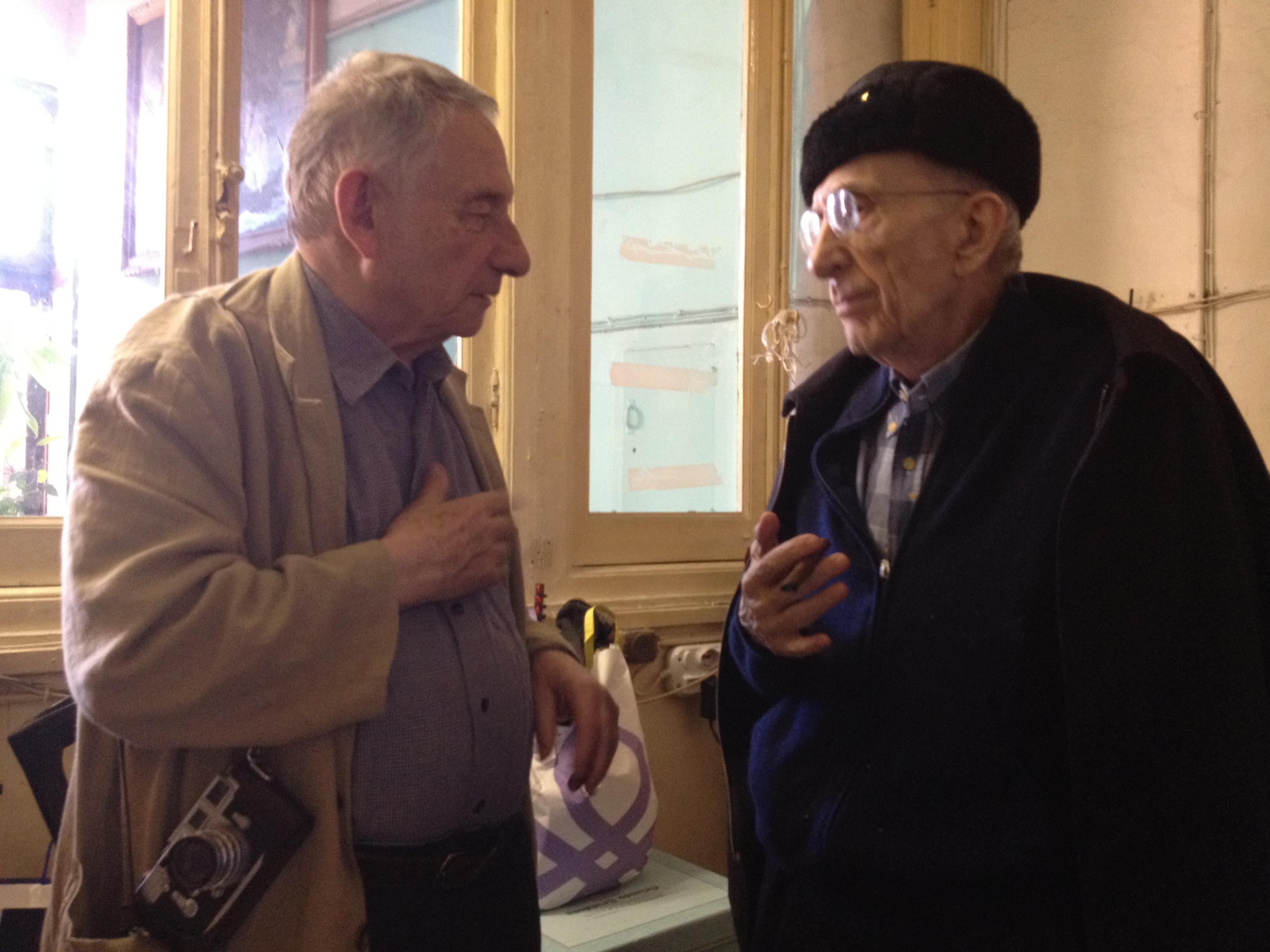Don Gallo insieme al mitico fotografo Mario Dondero