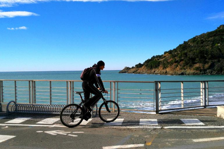Un ciclista.
