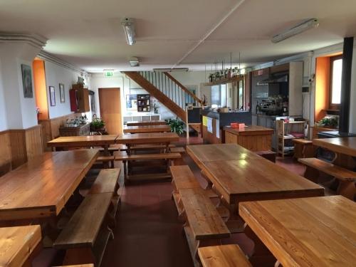 La sala da pranzo del Rifugio Allavena