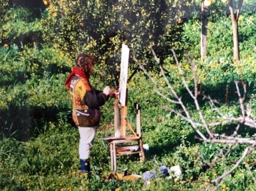 Anni Novanta. Stefani assorta, che dipinge.