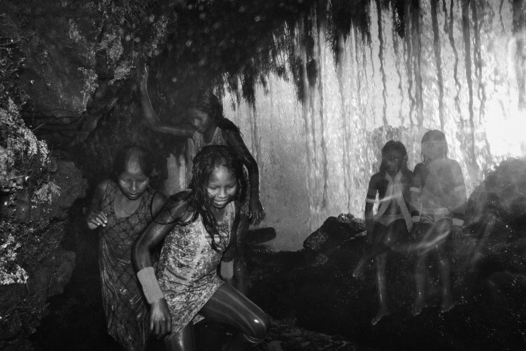 Il disastro in Amazzonia negli scatti di Tommaso Protti